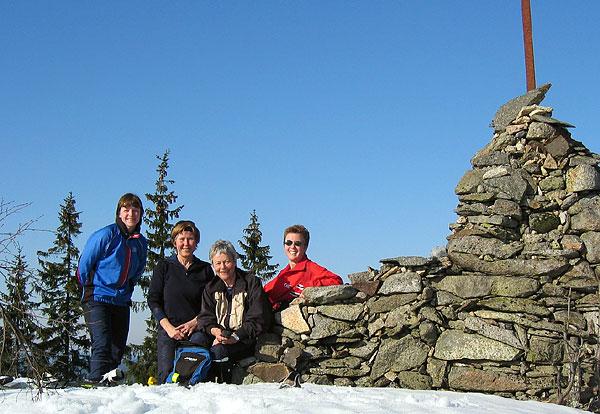 Fire fornøyde damer 620 moh