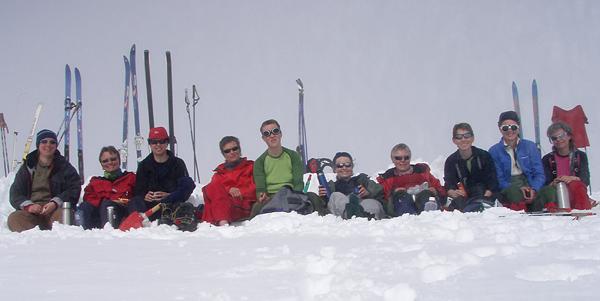Birka, Jofrid, Ingvill, Eva Dagrun, Marianne, Linda, Anita, Jorun, Ida og Vigdis. Hanne  var også med,men er ikke på bildet.