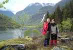 Lørdag var Anita og Jorun med Nina og Ragnhild på geocachingtur til Sognefjorden