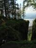 Bildetekst: Øverst i Mørkgonga. Ute på tuppen er det flott utsikt og fint å raste. (Foto: Nina Didriksen)