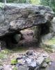 Dette er Ole Høilands hule. Mange har lett etter den sagnomsuste skatten, uten å