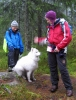 Nuna var en av turens tre firbente, og hun elsker oppmerksomhet. Her får hun en