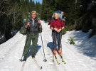 Silje og Jorun er glad for at det fremdeles er skiføre i bakkene mot Lørenskog o